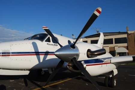side-view-propeller-white-plane.jpg